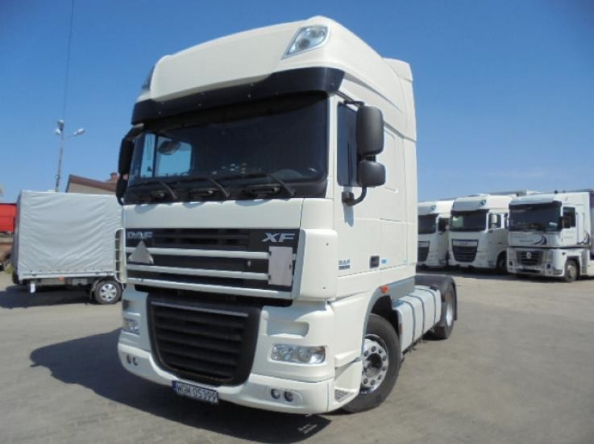 DAF- FT XF 405.460 4x2 SuperSpaceCab 462 KM
